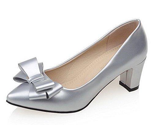 AllhqFashion Damen PU Leder Mittler Absatz Spitz Zehe Rein Ziehen auf Pumps Schuhe Silber