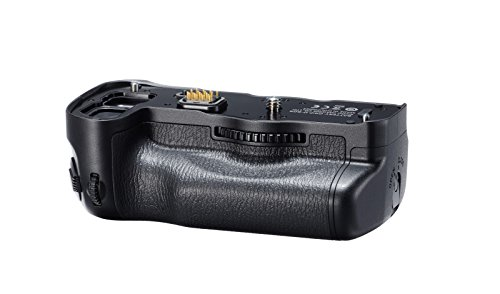(Pentax D-BG6 Digital Camera Battery Grips (Black))