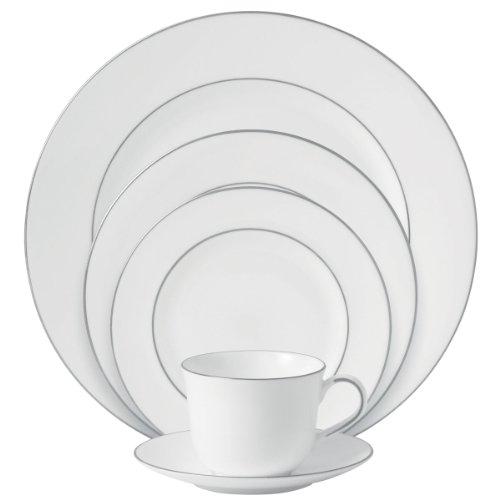 (Royal Doulton Signature Platinum 5-Piece Place Setting)