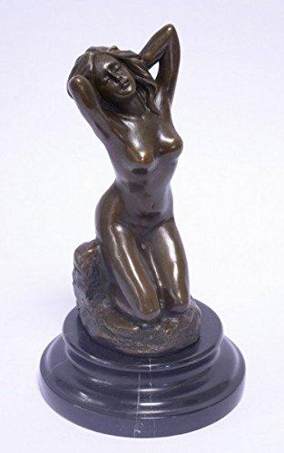 Frau nackt pur Nude Photos 90