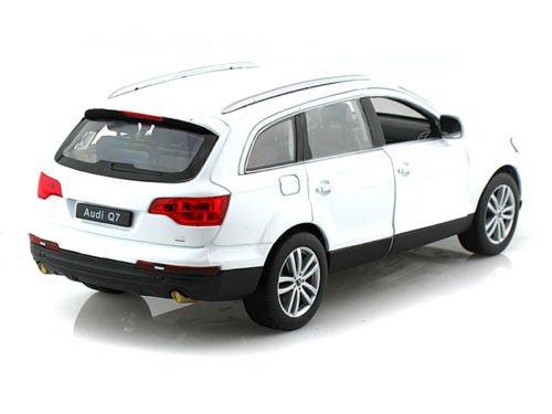Audi Diecast Cars (1:24 W/B 2009 AUDI Q7 DIECAST CAR MODEL 22481W-WH BY WELLY)