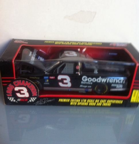 Mike Skinner Racing - 1/18th Scale Mike Skinner #3 GM Goodwrench Service RCR 1995 Craftsman Super Truck Series Champion Championship Truck