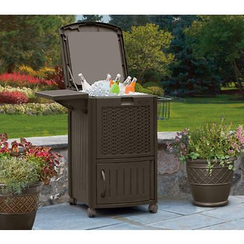 Suncast Brown Wicker Matching Collection: Deck Box, Planter, Hose Reel (Patio Cooler)