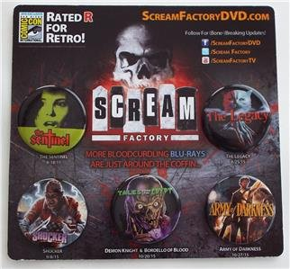 (EXCLUSIVE SDCC 2015 SCREAM FACTORY 5 Horror Movie ( Army of Darkness Shocker Sentinel Legacy Tales of the Crypt Collectible Pinback)