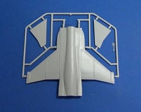 Amazon.com: Modelo de plástico Building aviones Yakovlev yak ...