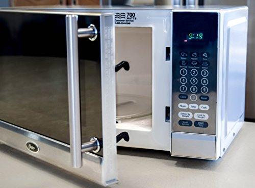 Oster-OGG3701-7-Cubic-Foot-700-Watt-Digital-Microwave-Oven