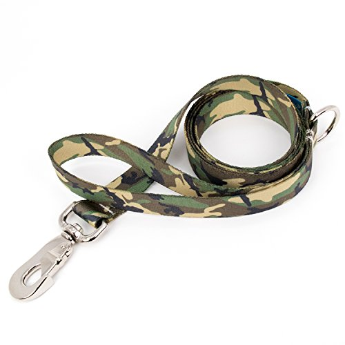 Camo Leash - Buttonsmith Woodland Camo Dog Leash, 5 ft Length, Medium Width - Fadeproof Permanently Bonded Printing, Extra Heavy Duty Quick Clasp, Resistant to Odors & Mildew, 100% Made in USA