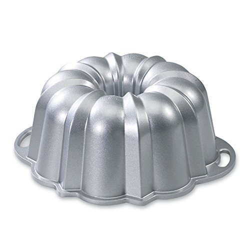 Nordic Ware® 15-cup Capacity Anniversary Bundt® Pan