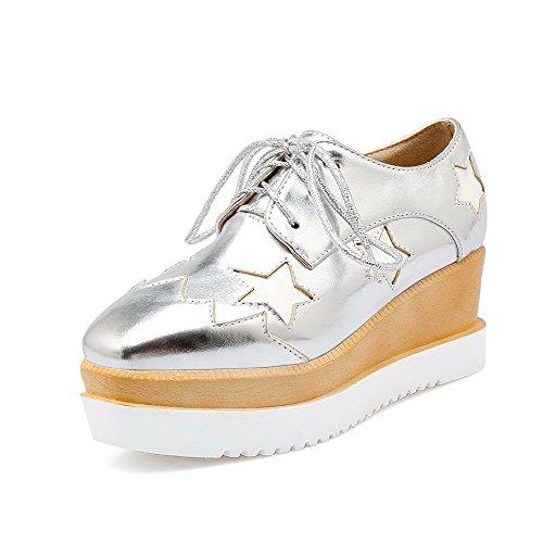 AgooLar Damen PU Gemischte Farbe Schnüren Quadratisch Zehe Mittler Absatz Pumps Schuhe Silber