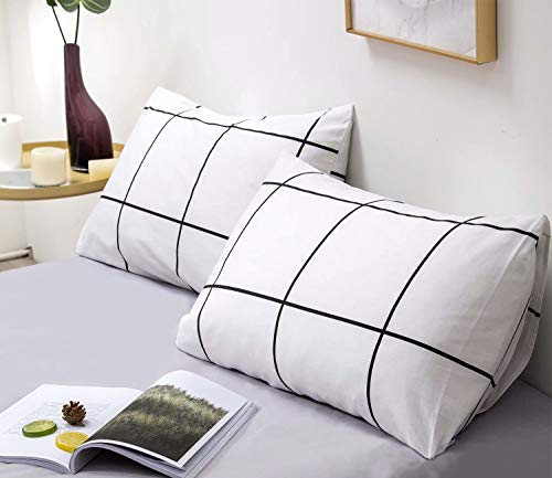 Wellboo White Plaid Pillowcases Large Checkered Pillow Shams Black and White Pillowcases Cotton Queen Standard Women Men Teen Boys Girls Pillow Covers Decorative Envelope Closure Pack of 2