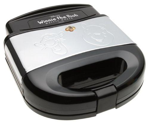 VillaWare C5555-15 Pooh and Tigger Waffler by Villaware