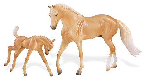 Breyer Classics Palamino Quarter Horse & Foal Toy Set (1: 12 Scale), 12