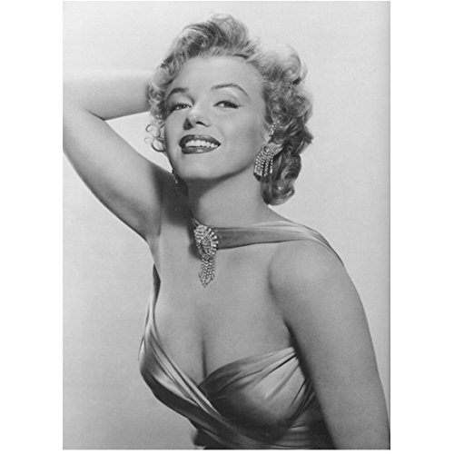 Marilyn Monroe Posing In Cocktail Dress And Jewels 8 x 10 Photo ()