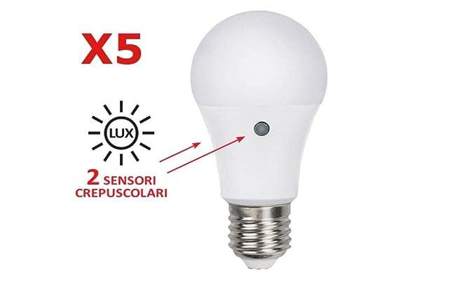 Alcapower - Lote de 5 bombillas LED con 2 sensores crepusculares interiores, potencia de 9