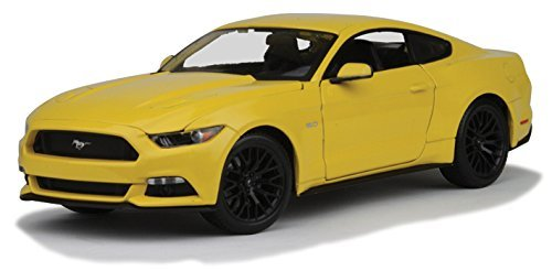2015-ford-mustang-gt-50-yellow-1-18-by-maisto-31197