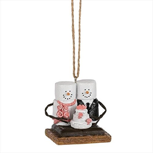 Midwest-CBK S'mores Bride and Groom with Wedding Cake Ornament