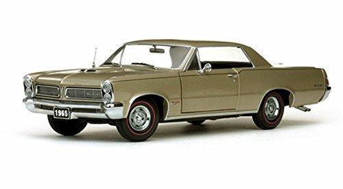 1965 Pontiac GTO, Gold - Sun Star 1809 - 1/18 Scale Diecast Model Toy Car