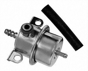 Standard Motor Products PR17T Fuel Injection Pressure Regulator
