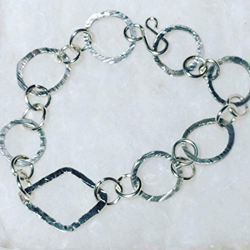 Handcrafted Sterling Silver Bracelet 16 gauge Circle Links with Diamond shaped center piece