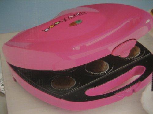 Babycakes Cupcake Maker Pink CC-26