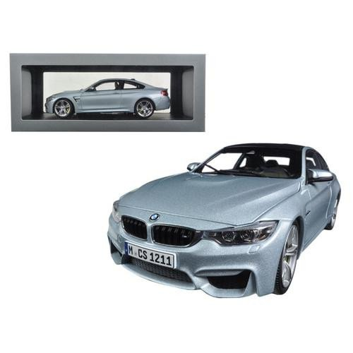 Paragon 1/18 Scale diecast PA-97102 BMW M4 Coupe Silverstone Blue