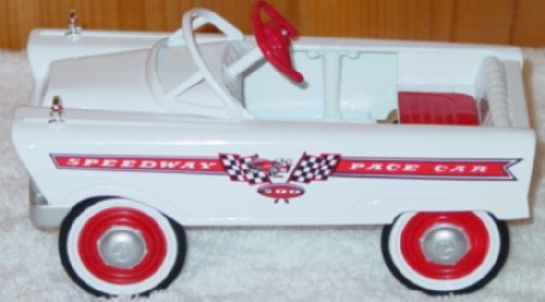 Hallmark Kiddie Car Classic 1961 Murray Speedway Pace Car LE ()