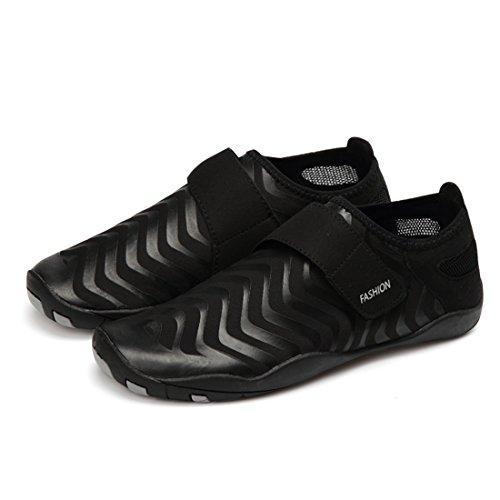 Cool&D Aquaschuhe Aqua Schuhe Wasserschuhe Fitness Schuhe Atmungsaktiv Strandschuhe Schwimmschuhe Badeschuhe Surfschuhe für Damen Herren Kinder Schwarz