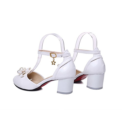 VogueZone009 Women's PU Buckle Pointed Closed Toe Kitten-Heels Solid Sandals White Zrc0eMlNPl