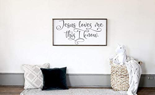 Jesus Loves Me Sign Farmhouse Wall Decor Kids Farmhouse Wall Decor Farmhouse Nursery Decor Amazon Ca Home Kitchen