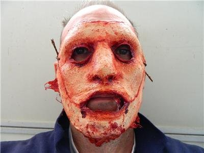 Halloween prop Hand Made Realistic Bloody Skinned Flesh Face Mask 2 ()