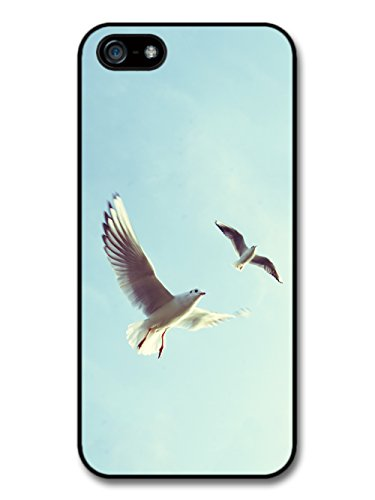 Seagulls In A Sunny Blue Sky Background Cool Style Design coque pour iPhone 5 5S