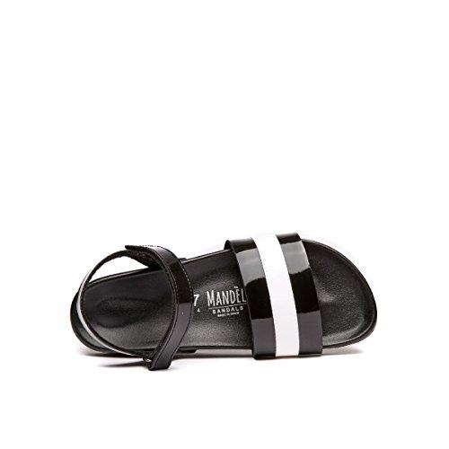 Mandèl Women's MD4304 Fashion Sandals Black and White HjGOZ1QXI