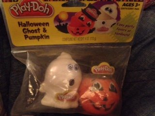 Halloween Ghost and Pumppkin Play-doh