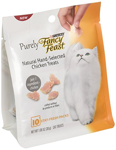 Purina Fancy Feast Purely Natural Hand-Selected Chicken Cat Treats 1.06 Oz. Pouch