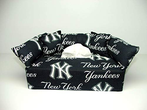 New York Yankees MLB Licensed fabric tissue box cover. Includes Tissue