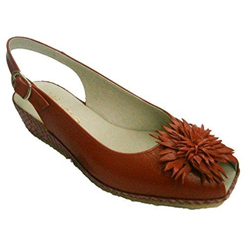 Sandalia abierta adelante y atrás con cuña de esparto y flor en el empeine Festival en rojo