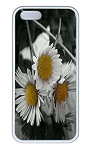 Brian114 5s Case, iPhone 5 5s Case - Soft Rubber White Daisy Protection Back Case for iPhone 5 5S