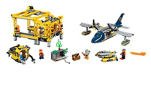 LEGO City Deep Sea Operation Base 60096 by LEGO