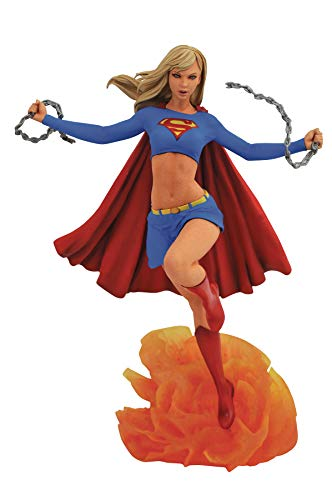 (DIAMOND SELECT TOYS DC Gallery Supergirl PVC Figure )