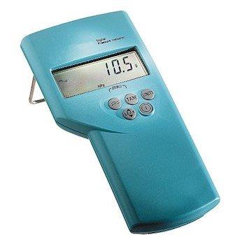 GE Druck DPI 705 Portable Pressure Indicator with Internal Sensor, 0 to 300 psig; 1/8