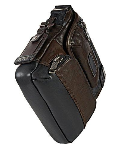 Tumi Alpha Bravo Bar Stow–Bolso de piel, color marrón oscuro