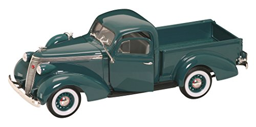 ROAD SIGNATURE 92458 Scale 1:18 1937 Studebaker Coupe Express Vehicle, Dark Green