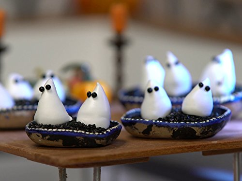 Tiny Ghost Meringue -