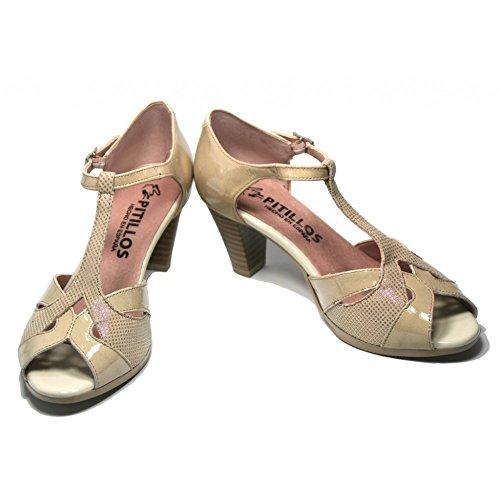 Zapato sandalia en charol beig de Pitillos, modelo 1662