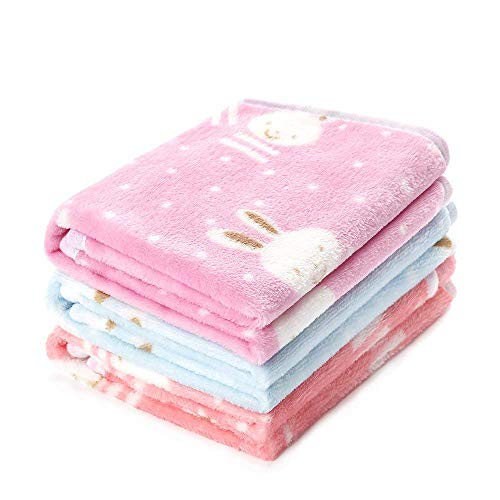 luciphia 1 Pack 3 Blankets Super Soft Fluffy Premium Fleece Pet Blanket Flannel Throw for Dog Puppy Rabbit ()