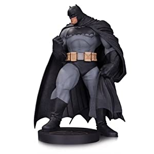 DC Collectibles Comics Designer Series Batman by Andy Kubert Statue - 414kIYlEeQL - DC Collectibles Comics Designer Series Batman by Andy Kubert Statue