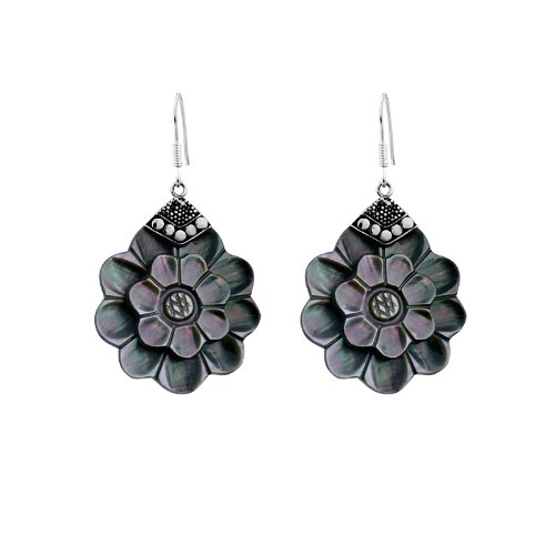 (Bali Designs Sterling Silver Flower Shape Earring With Shell AE-1028-SH)