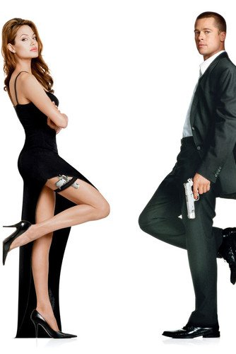 Angeline Jolie sexy dress full length with Brad Pitt in Mr. & Mrs. Smith 24x36 Poster ()