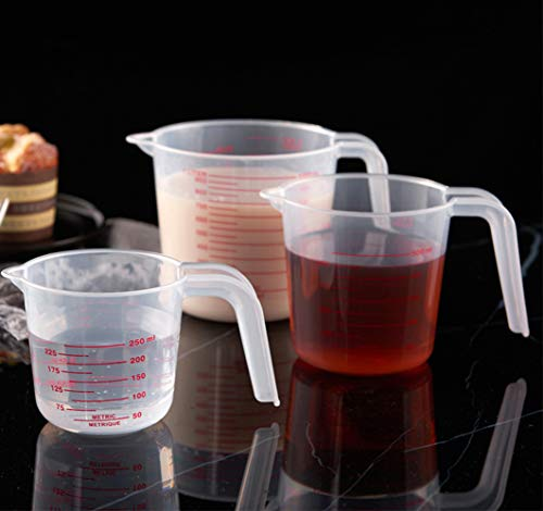 Lawei Set of 6 Plastic Measuring Cup - 1/2/4 Cup Plastic Graduated Cups Transparent Scale Cups for Baking Holding Flour Powder Liquid