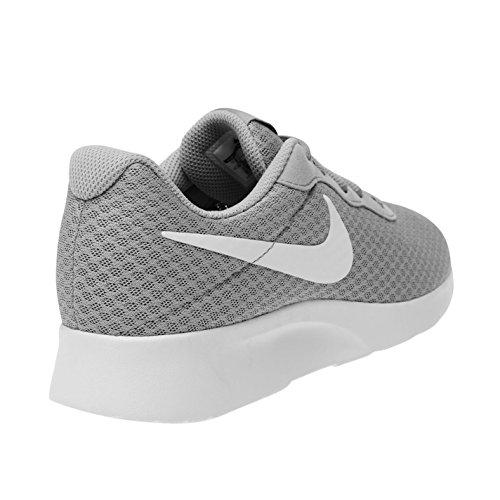 Nike Tanjun–Zapatillas de entrenamiento para hombre gris/blanco deporte zapatillas Trainers, gris/blanco, (UK10.5) (EU45.5) (US11.5)